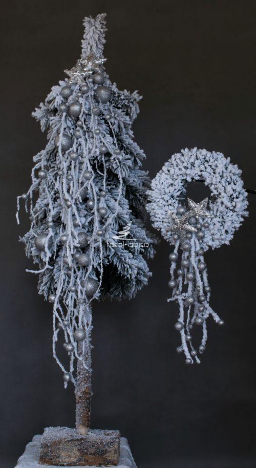 zestawy bożonarodzeniowe świąteczne nowoczesne ośnieżone ubrane udekorowane niepowtarzalne wzory choinka wianek stroik oprószone śniegiem ubrane choinka na pniu wianek na drzwi