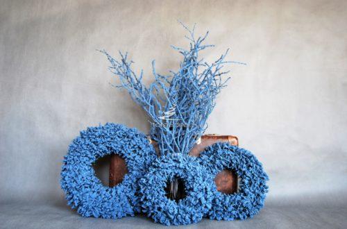 wianki nowoczesne na stół na drzwi niebieskie do powieszenia dekoracja bożonarodzeniowa całoroczna nowoczesna unikatowa niepowtarzalna odcienie kobaltu