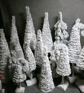 Choinki śnieżone produkcja