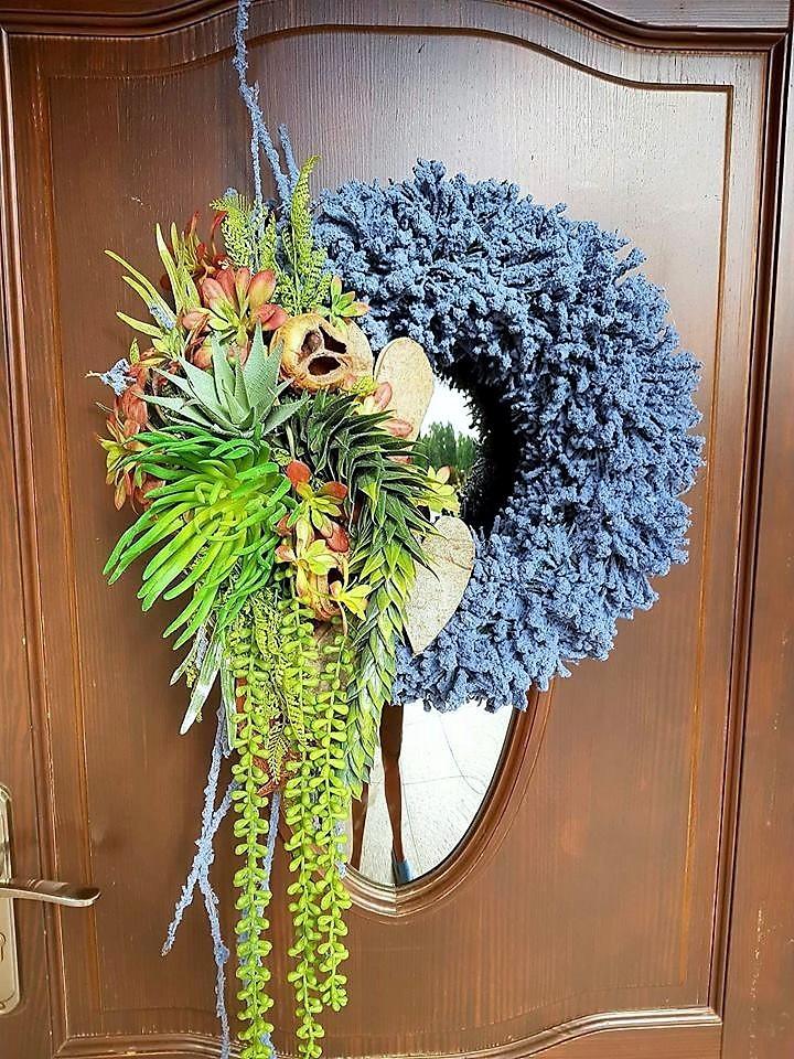 wianek na drzwi duży z sukulentami