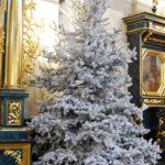 bożonarodzeniowe dekoracje kościoła