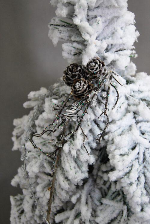 Choinka śnieżona