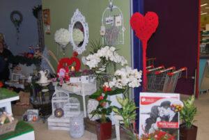 dekoracje kwiaciarni na walentynki