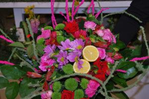 różowe dodatki do bukietów