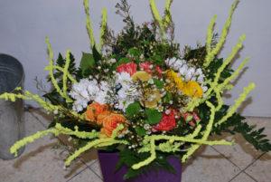 żółte dodatki do kompozycji florystycznych