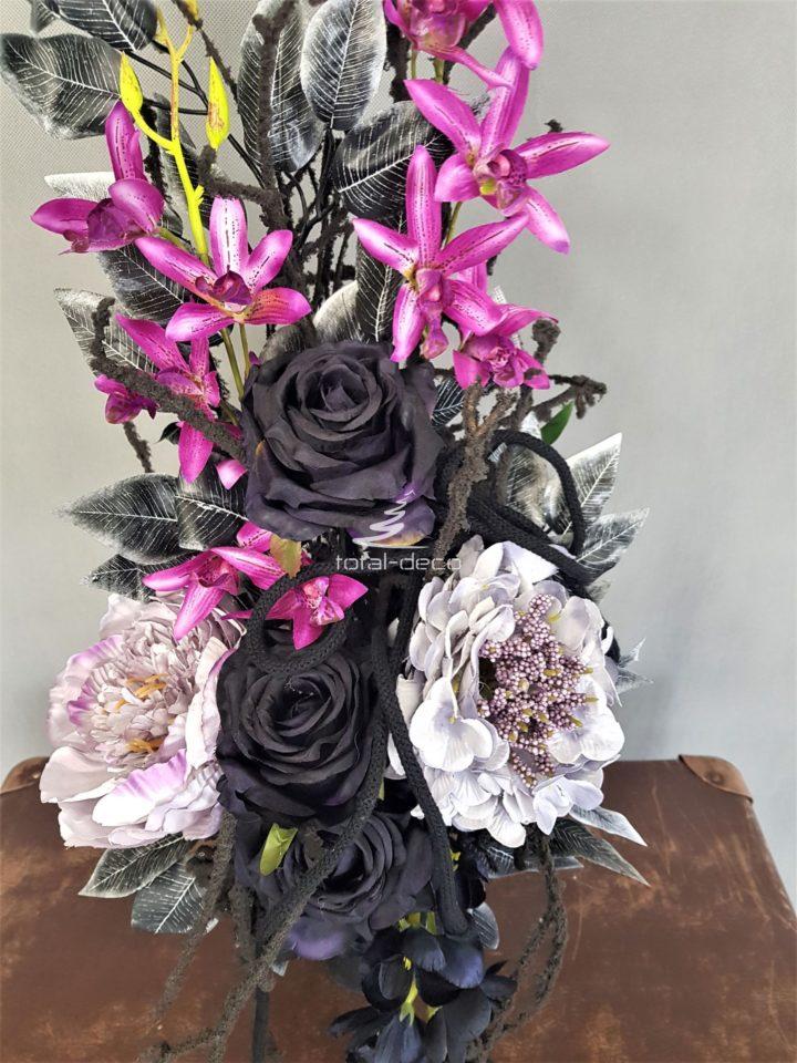 bukiet sztucznych kwiatów na cmentarz, kwiaty na grób