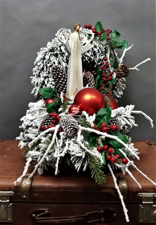 wieniec kompozycja nagrobna przepiękna bożonarodzeniowa wianek na grób