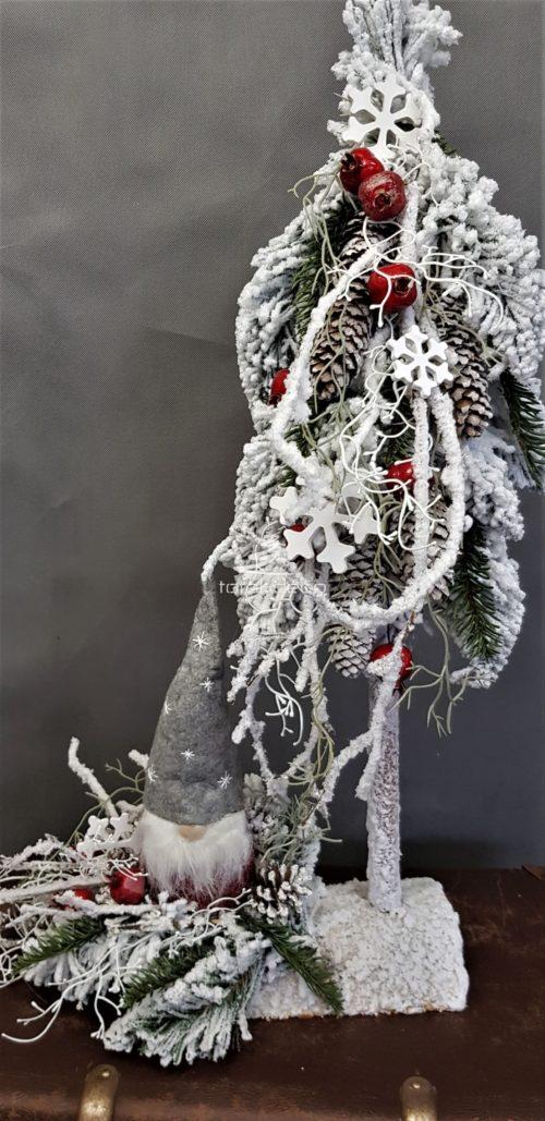 Ośnieżone nowoczesne dekoracje bożonarodzeniowe stroik choinka choinka osadzona na pniu ozdoba na święta ze skrzatem