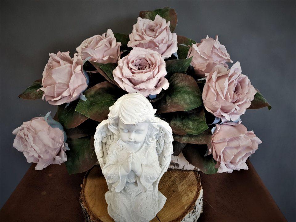 kompozycje kwiatowe na cmentarz/stroiki na wszystkich świętych