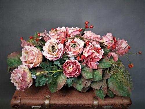 Wiązanki na cmentarz z różami/komplety na święto zmarłych