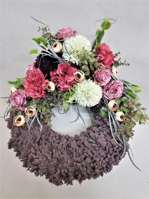wianek wiosenny na cmentarz/nowoczesna kompozycja kwiatowa