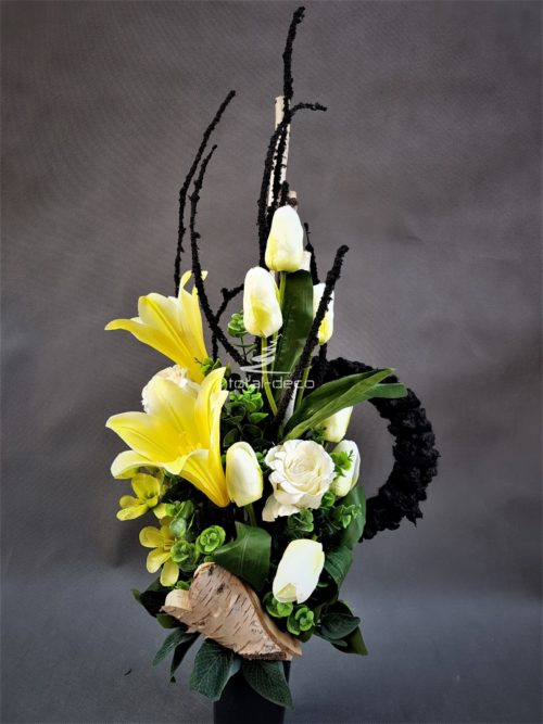 bukiet na wszystkich świętych/sztuczne kwiaty na cmentarz