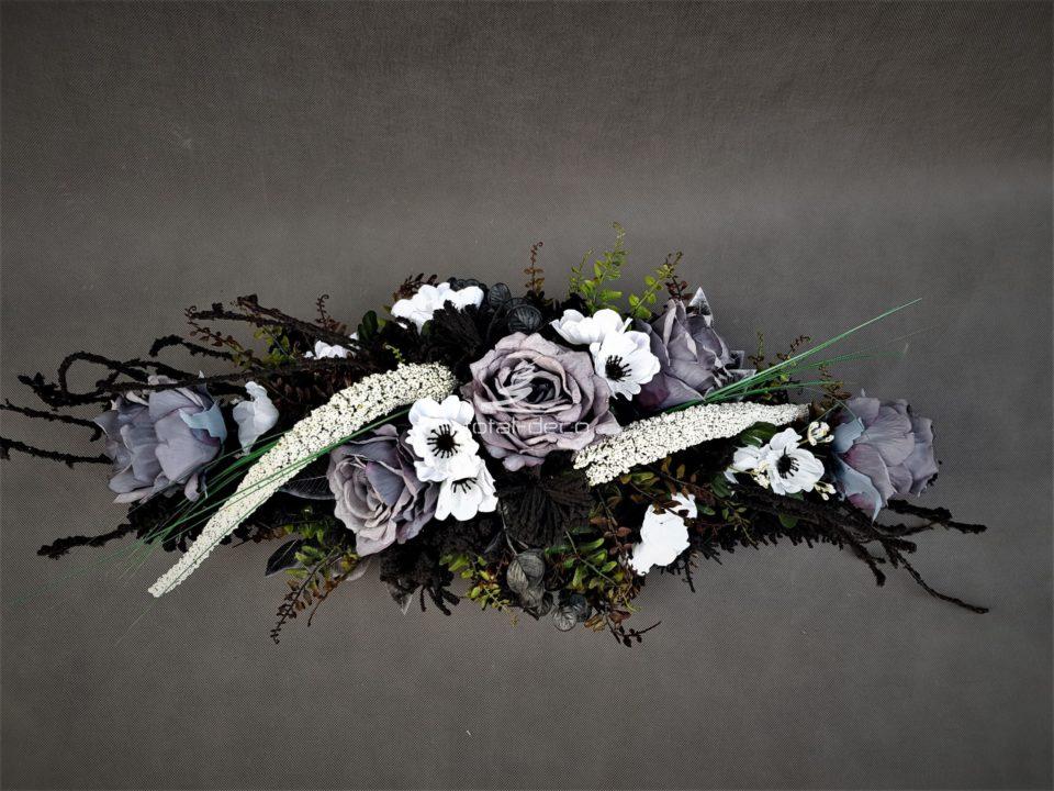wiązanka na grób z szarymi różami