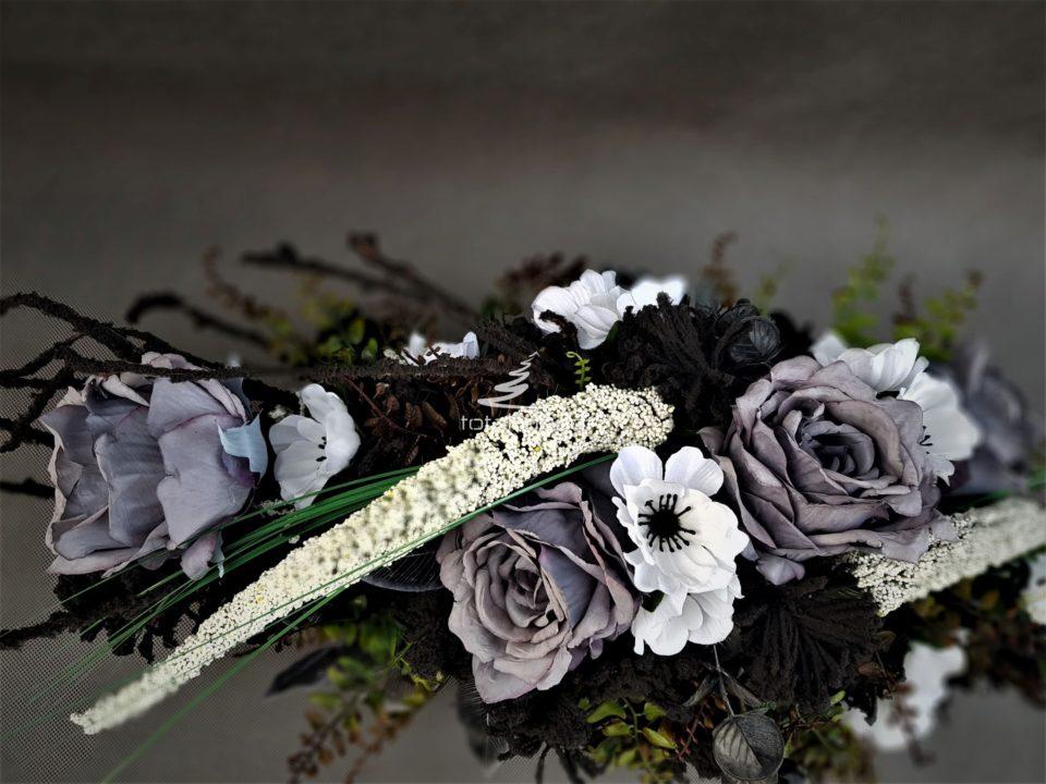 wiązanka na pomnik/oryginalna dekoracja kwiatowa na cmentarz ze sztucznymi różami