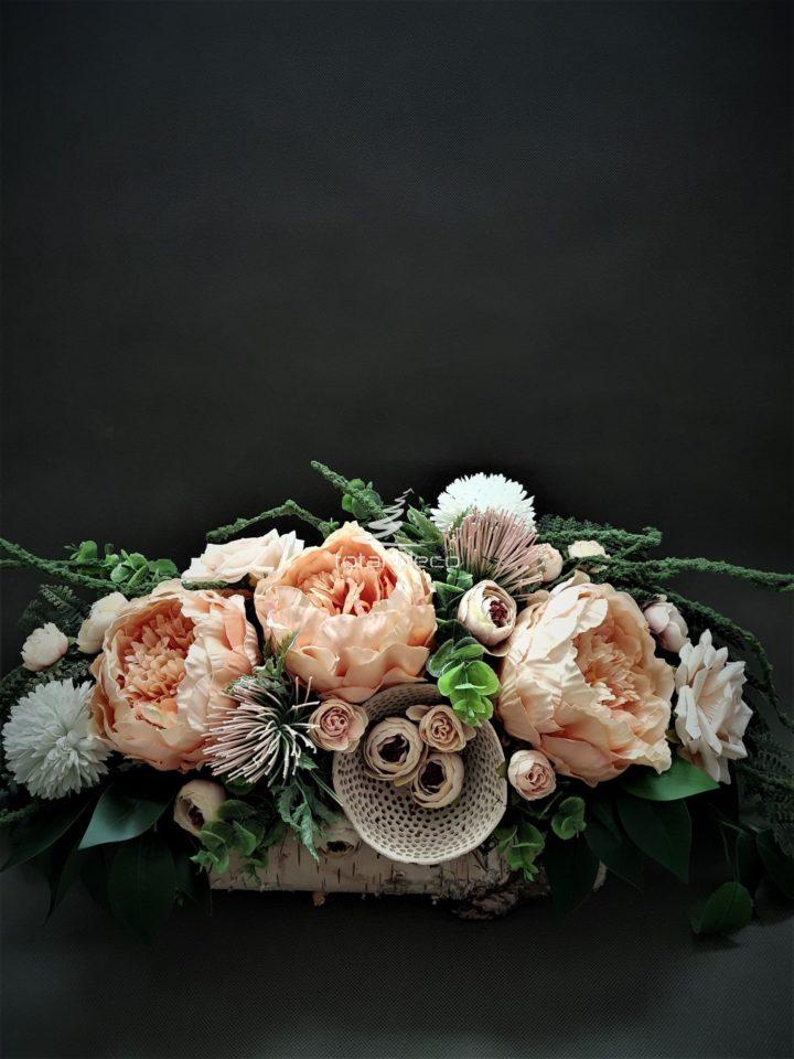 stroik na cmentarz w pastelowych kolorach/dekoracje nagrobne