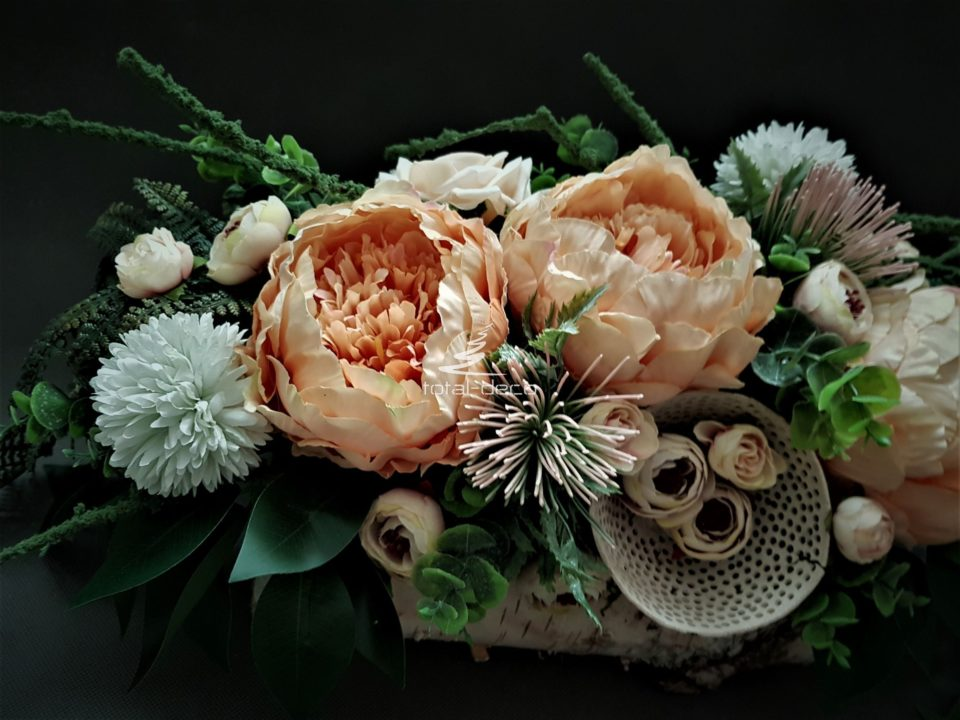 piękne kompozycje z kwiatów sztucznych/stroiki na wszystkich świętych