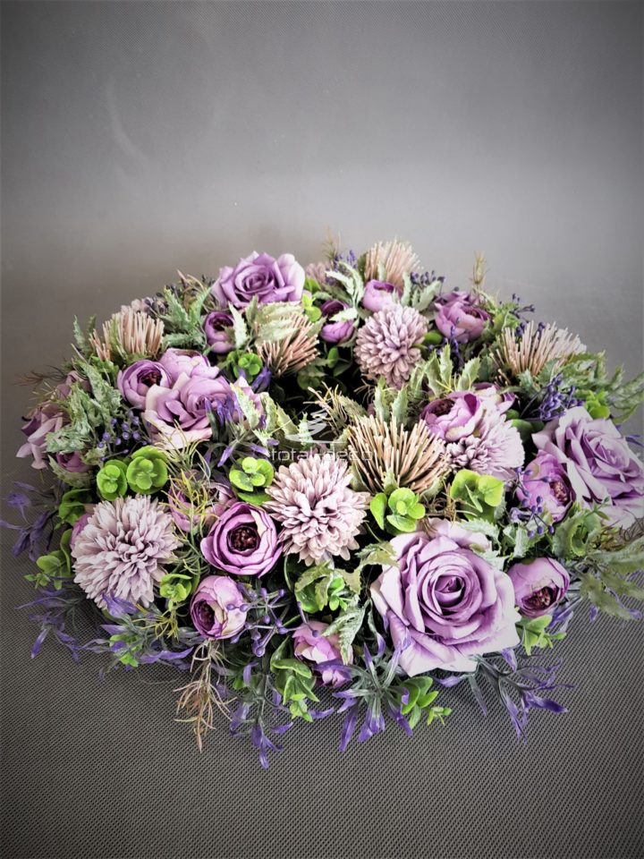 totaldeco-kwiatowy-wianek-na-drzwi-fioletowy.jpg