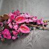 elegancka różowa wiązanka na cmentarz tania