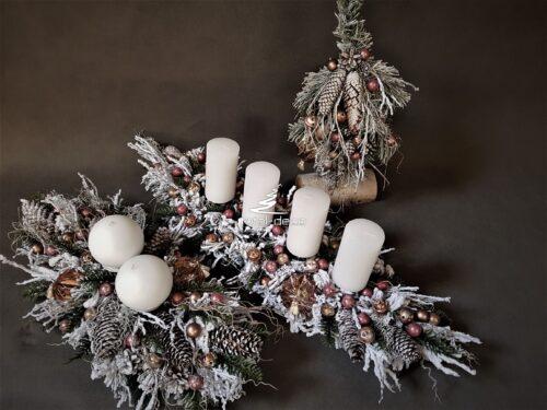 choinka i stroiki świąteczne/zestawy kompozycji bożonarodzeniowych