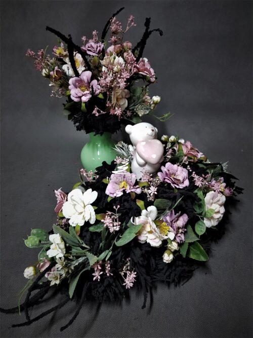 nowoczesne dekoracje na wszystkich świętych/kompozycja na grób dziecka