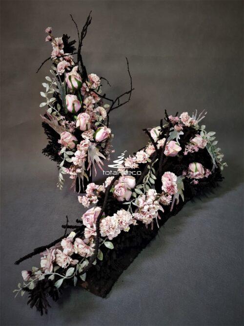 nowoczesna kompozycja na wszystkich świętych/elegancka dekoracja cmentarna