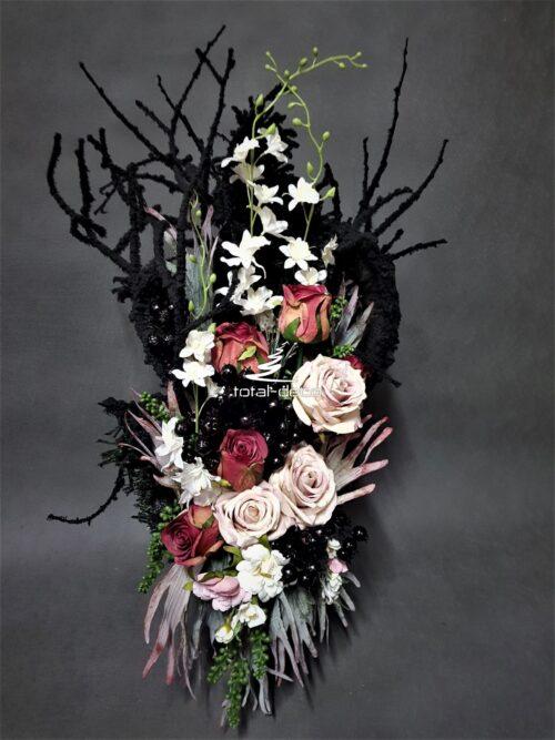 nowoczesna kompozycja na cmentarz/piękna dekoracja na wszystkich świętych