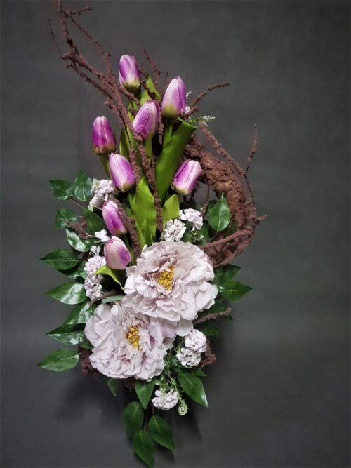 nowoczesne bukiety na cmentarz z tulipanami