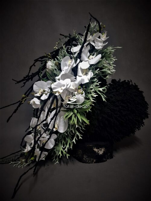 stroik na cmentarz serce/kompozycja na pomnik