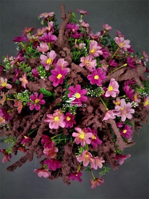 Wiązanka na wszystkich świętych z różowych kwiatów galeria
